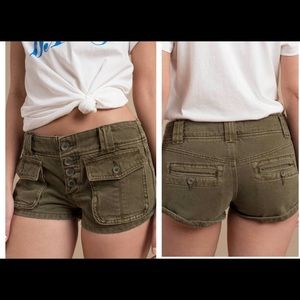 EUC Free People Olive Cora Button Front Short